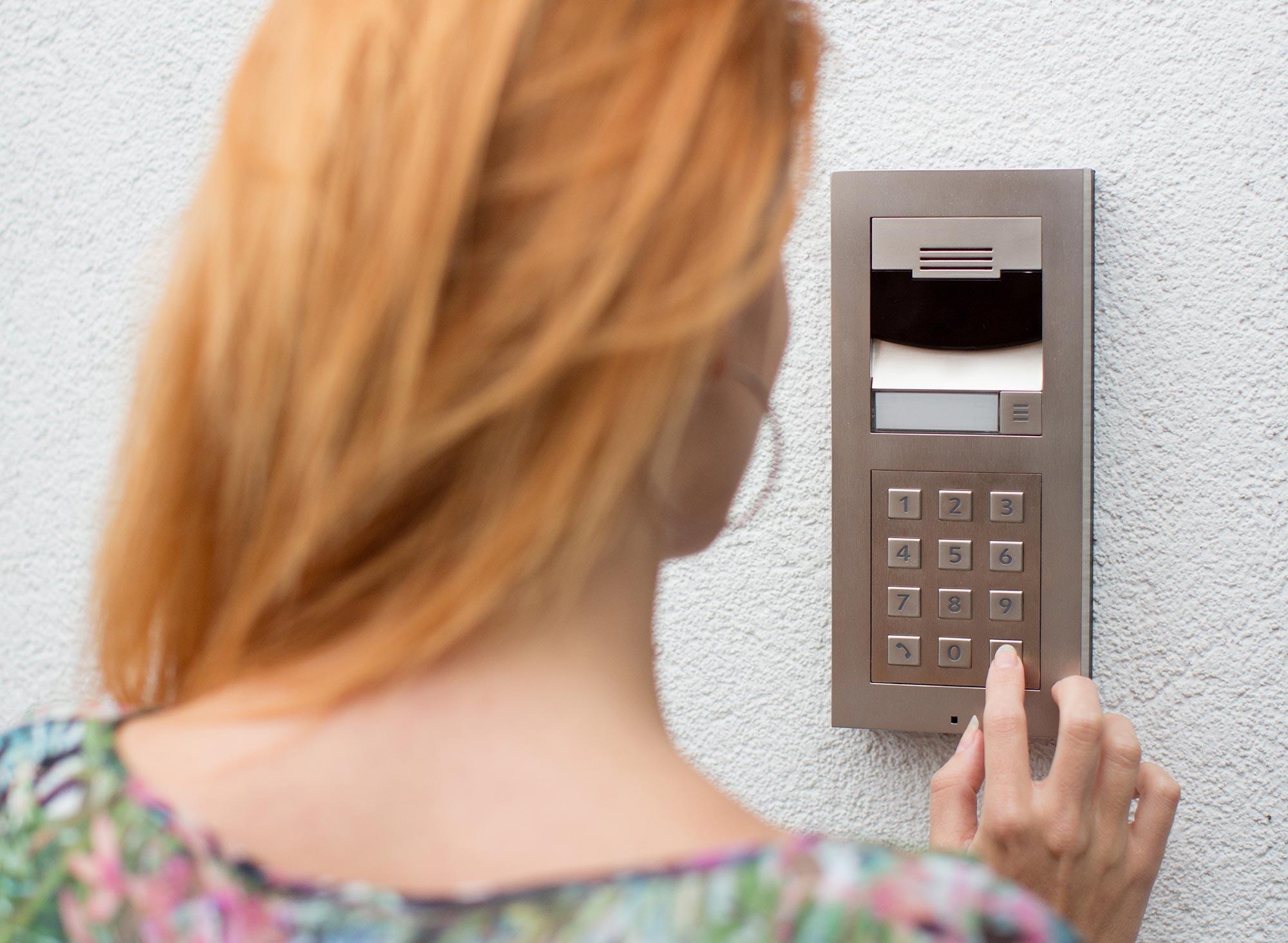 Cctv Door Entry Sussex Surrey Totally Smart Homes Ltd